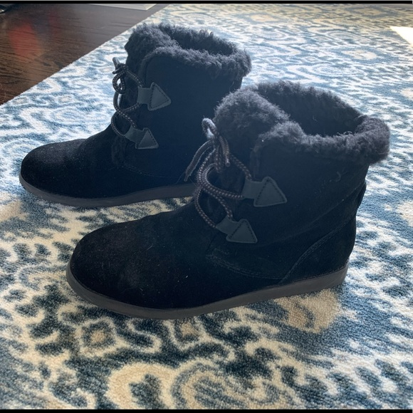 Emu Shoes | Emu Australia Black Low